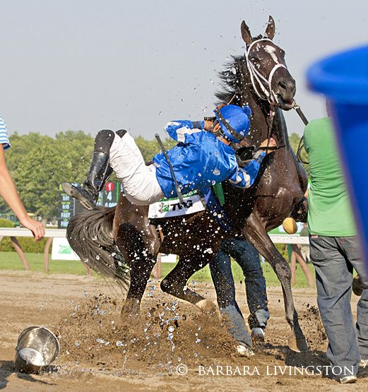 Its Tricky Dumps Eddie Castro After Her Groom Throws Ice Water On