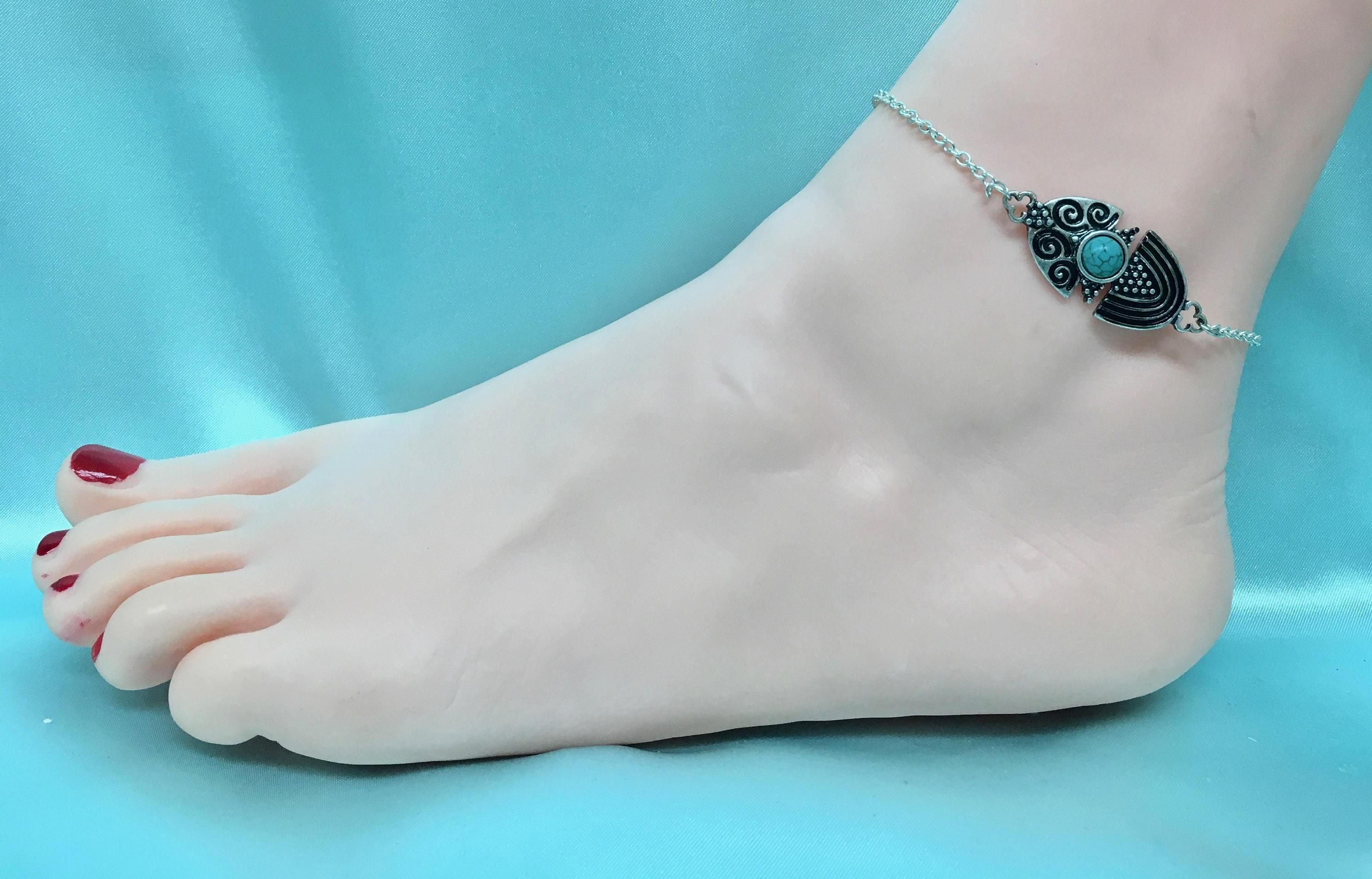 toe bracelets right ankle carat with ring caymancode meaning anklet gold attached bracelet