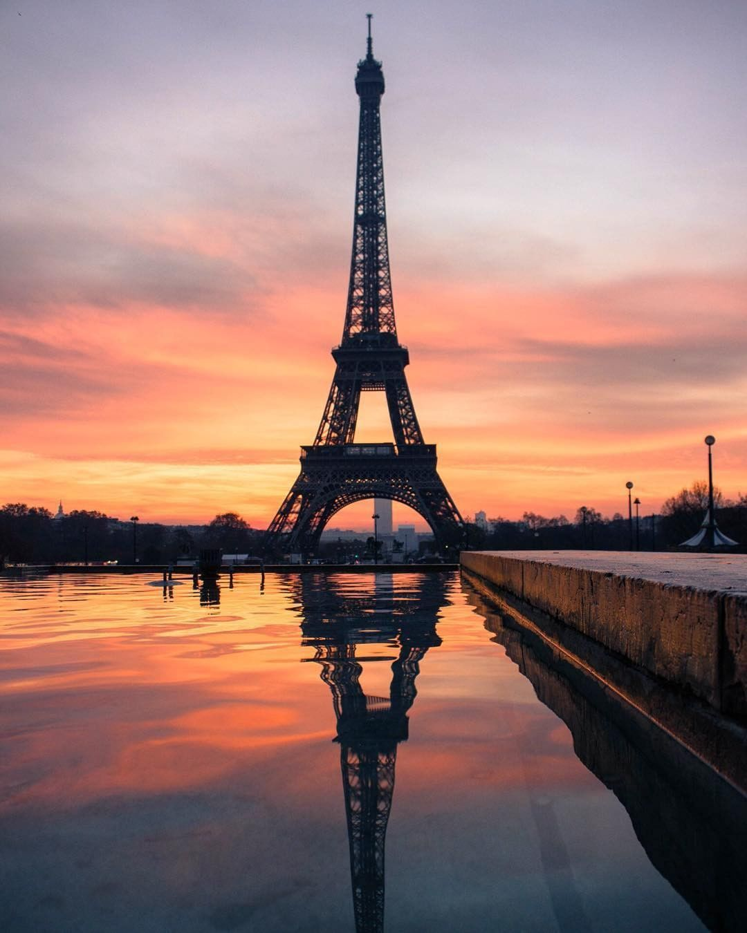 pandora france eiffel tower