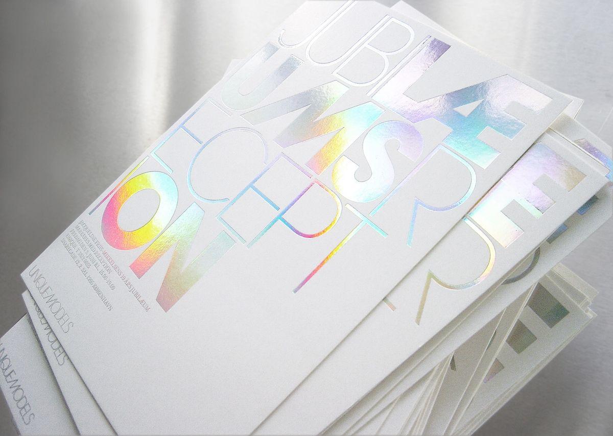 Invite Homework Broschüre Design Druckveredelung