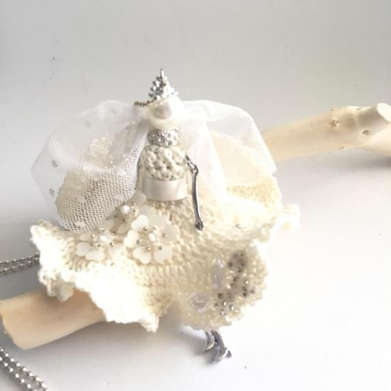 Necklace - The Bride Doll Nechlace - Crochet Jewelry - The Bride - Woman Accessories - Wedding Jewel