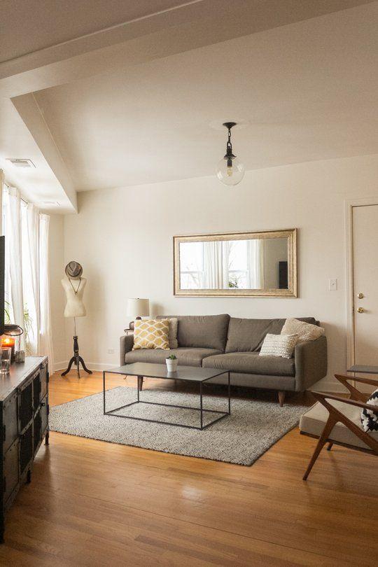 Kim Kyle S Graceful Home Minimalist Living Room Decor Minimalist Living Room Home And Living