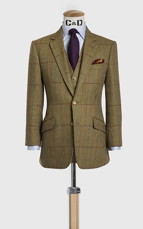 Single breasted three piece shooting suit, made up in a
