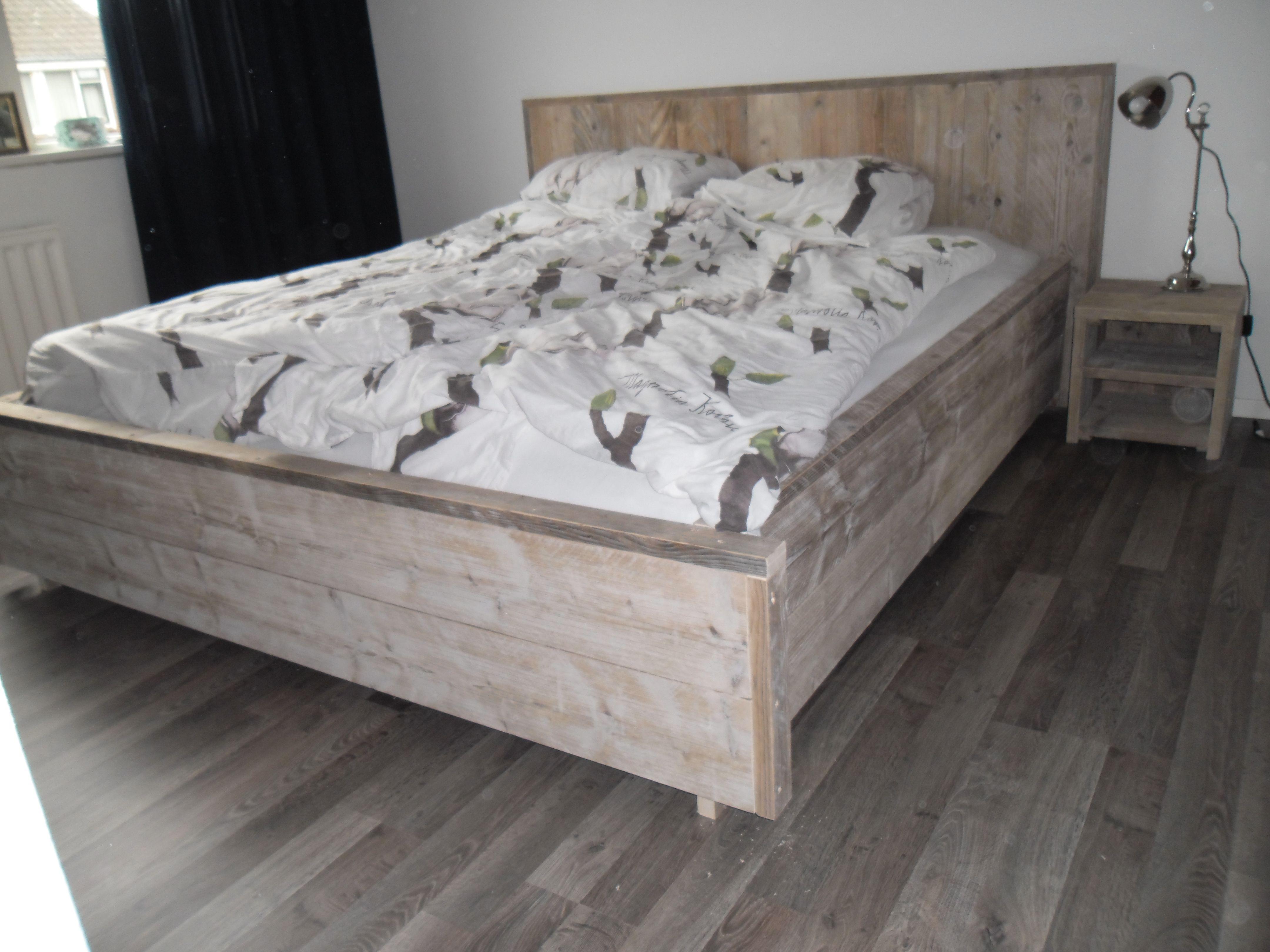 Slaapkamer Met Steigerhout : Steigerhouten in slaapkamer kast steigerhoutbestel