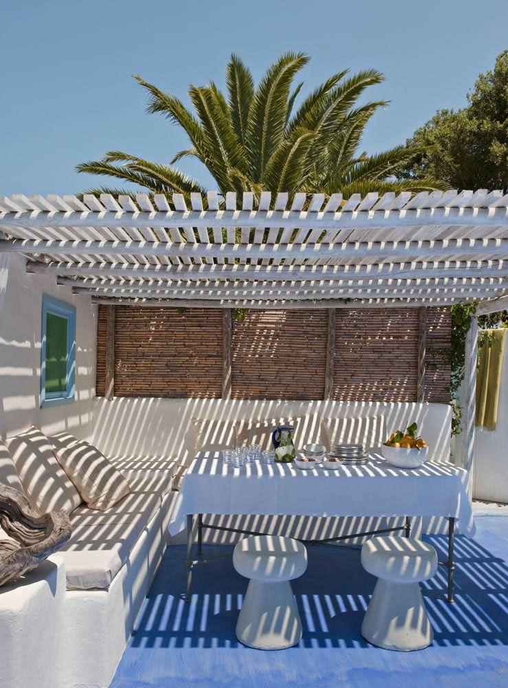 Béton ciré couleur sur-mesure (Vera Iachia) Terrasses Pinterest - beton decoratif pour terrasse
