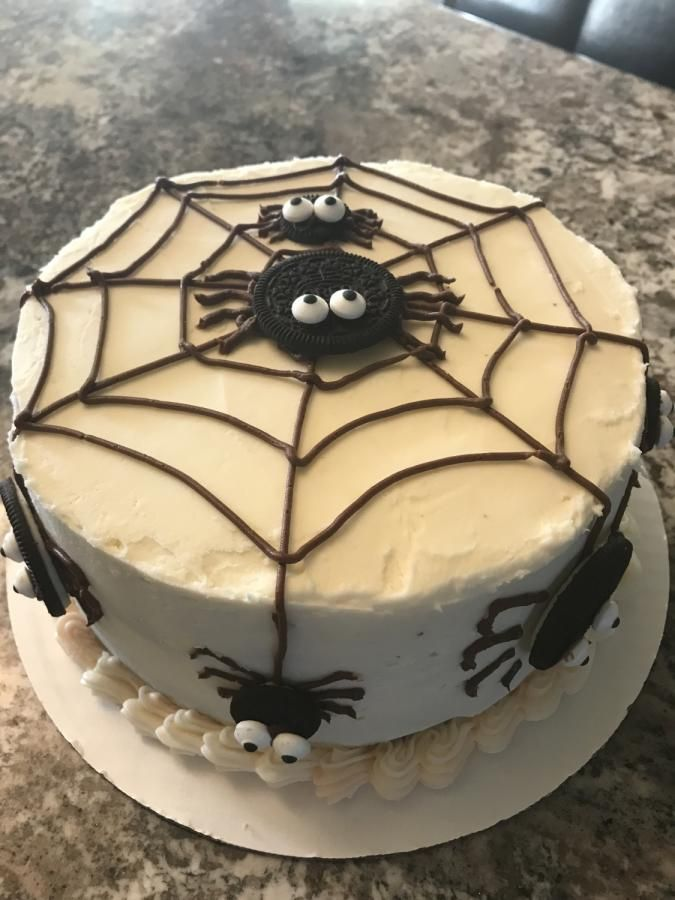 Spider cake Halloween party Pinterest Spider cake, Spider and Cake
