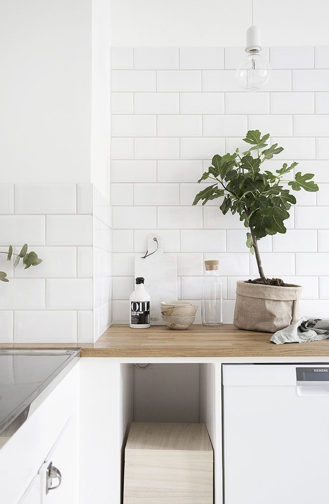 Interieurs Wit, hout and grijstinten greens Pinterest Cocinas