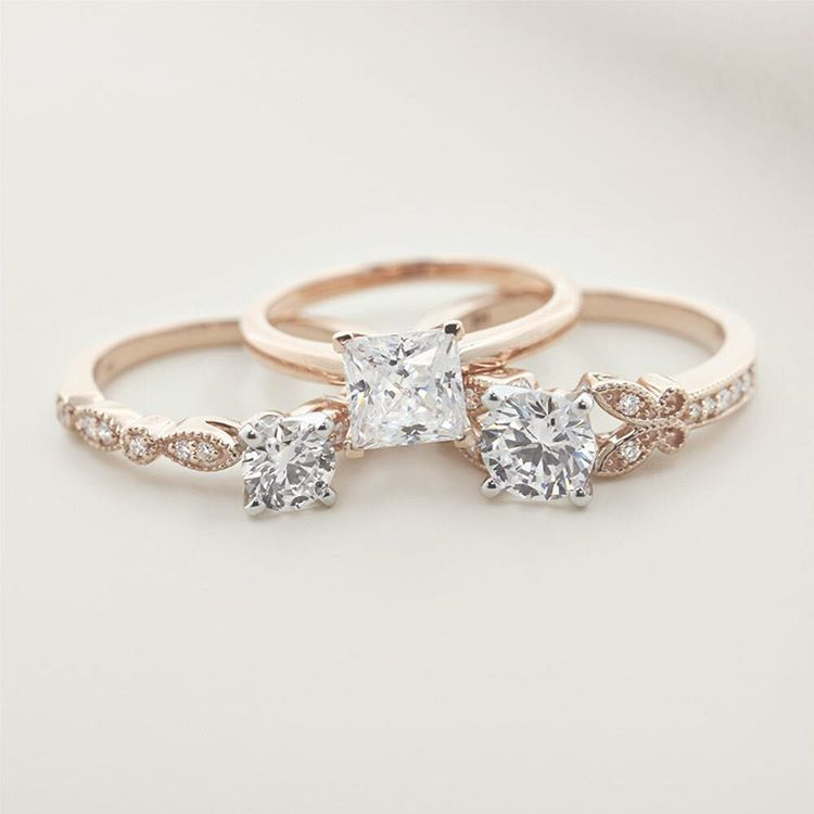Antique Engagement Rings + Solitaire Engagement rings in rose gold! Stunning conflict free diamond rings