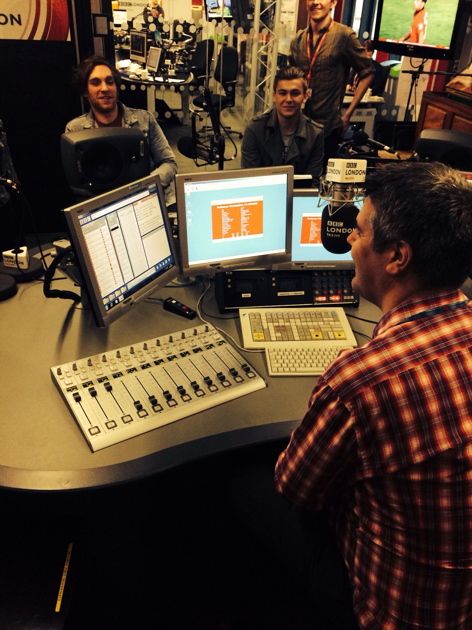 Live in studio with BBC Radio London Bbc radio, Radio