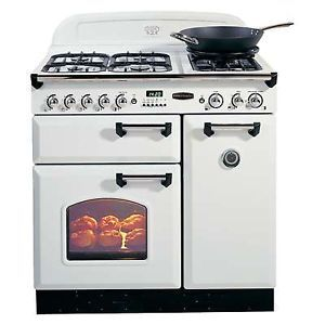 A little bit of vintage chic!!  Rangemaster Classic 90cm Gas Range Cooker in White with Chrome Trim
