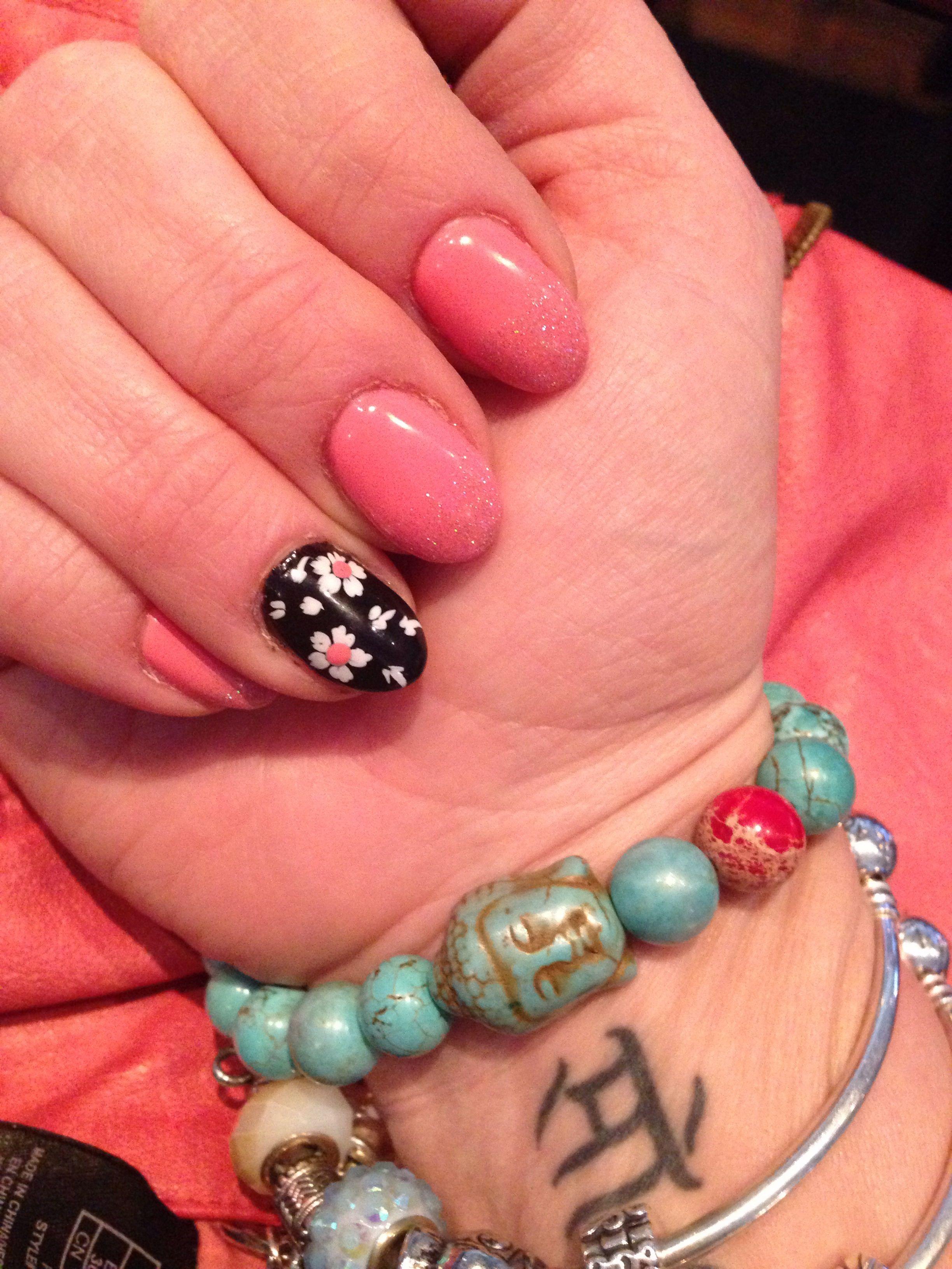Almond nails coral Almond nails, Makeup nails, Nail games