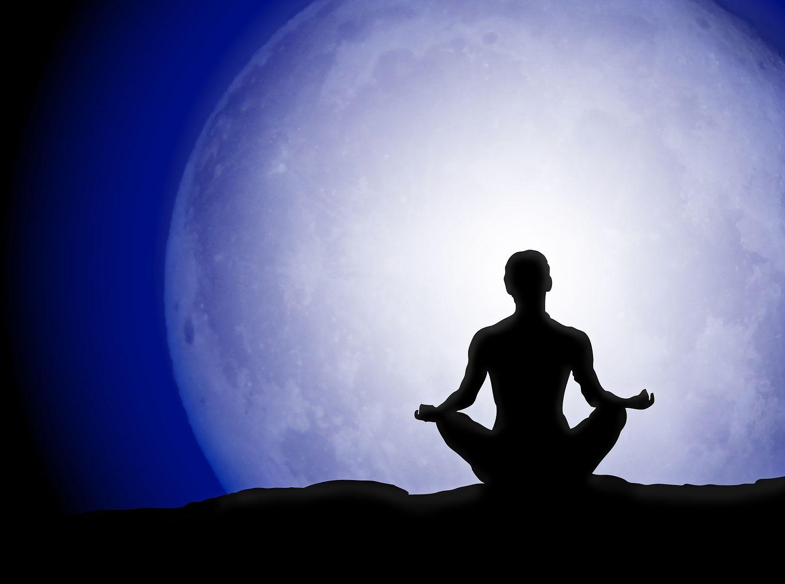 Sessões gratuitas de meditação guiada acontecem em nove cidades brasileiras: Brasília, Curitiba, Recife, Rio de Janeiro, São Paulo, Salvador, Santos, Aracaju e Fernando de Noronha.