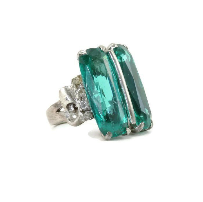 5e1a1aaec4a34 Vintage 1930s CINER Sterling Silver Emerald Green Glass Art Deco ...