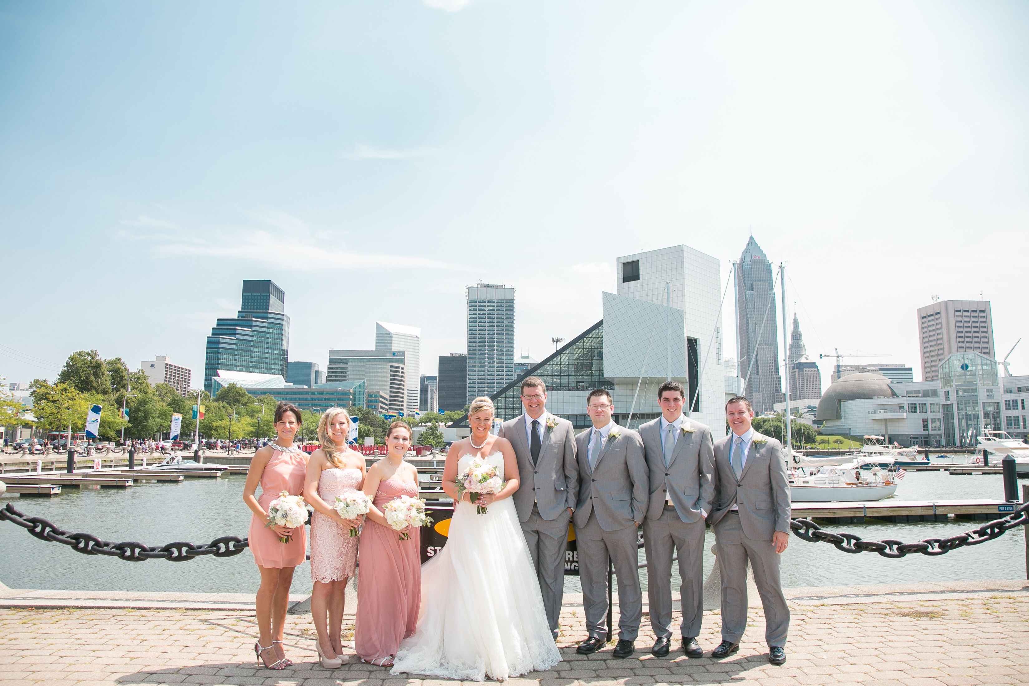 Voinovich Park Cleveland Ohio Wedding Cleveland Wedding Photo Locations Cleveland Wedding Ohio Wedding Country Chic Wedding