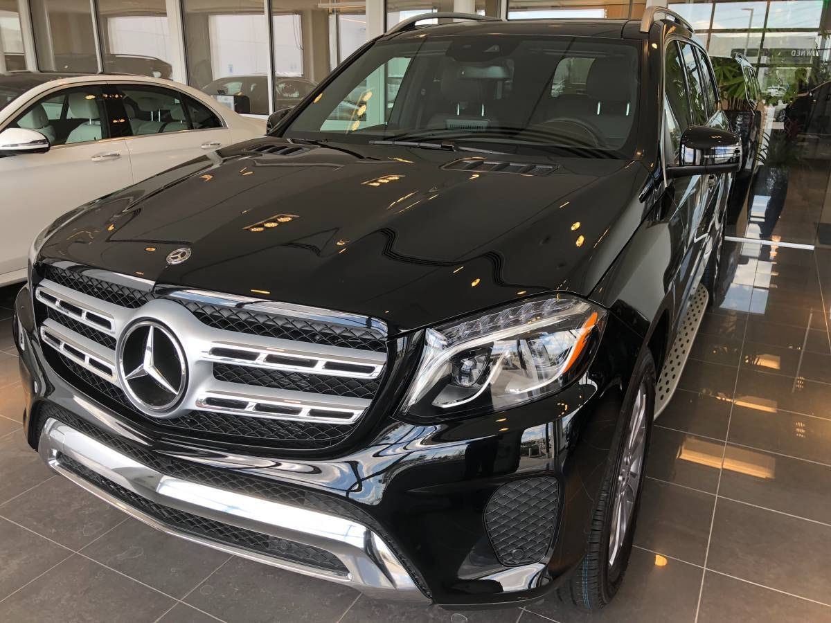 2018 Mercedes GLS up for a lease transfer 500 Incentive