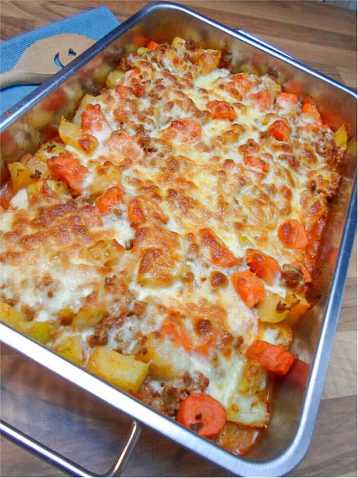 Low carb kohlrabi carrot minced meat casserole - delicious recipe -  This low carb casserole is made...