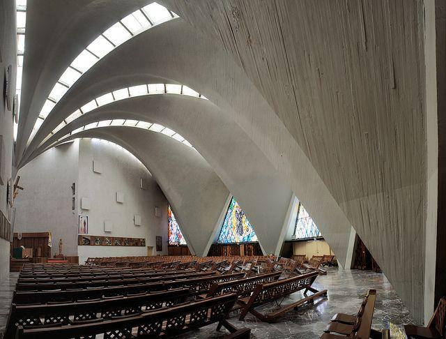 Iglesia de Santa Mónica, Mexico City Félix Candela, 1960 by trevor.patt, via Flickr