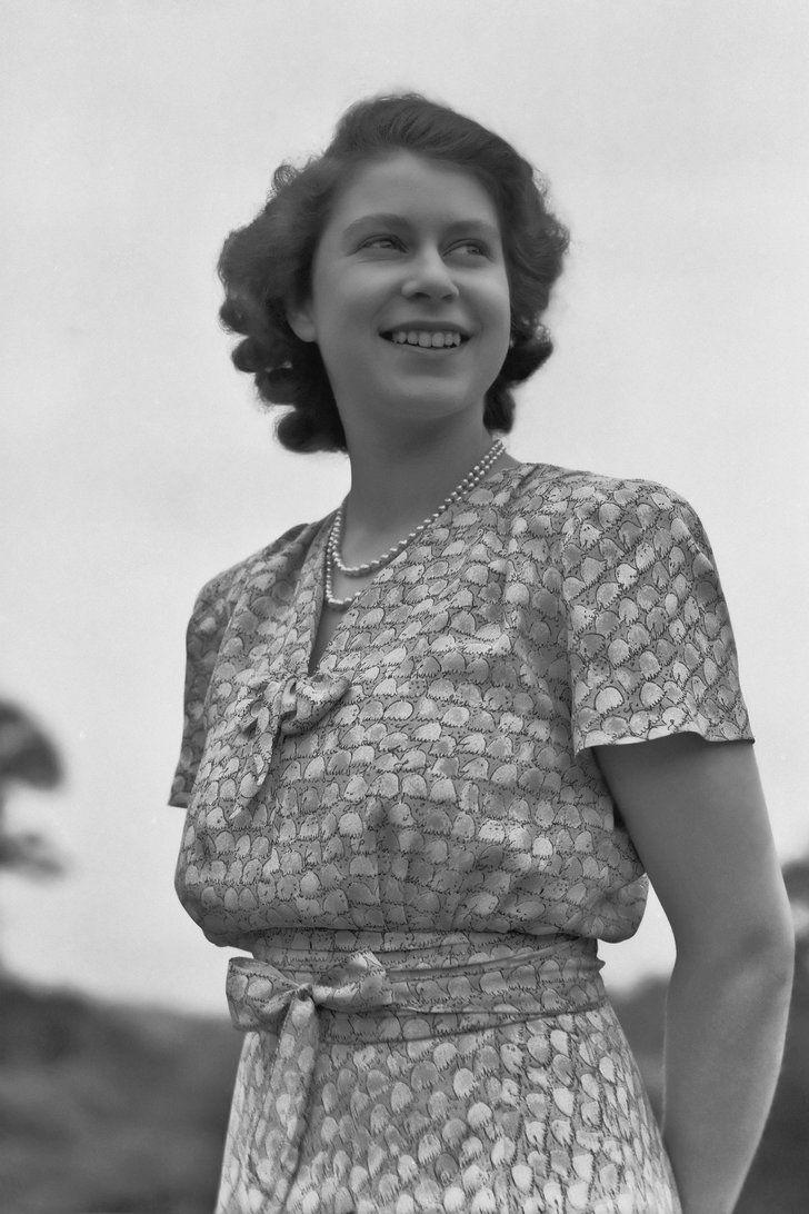 Queen Elizabeth II Took the Throne at a CrazyYoung Age