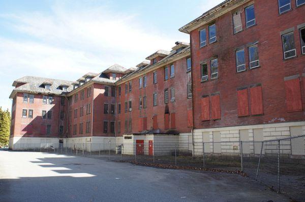 Abandoned Riverview Insane Asylum, Canada | Urban Ghosts |