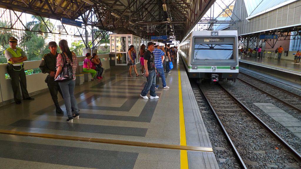 Medellín: metro station