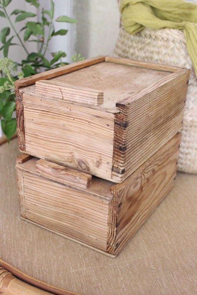 Image of Casier en bois à couvercle
