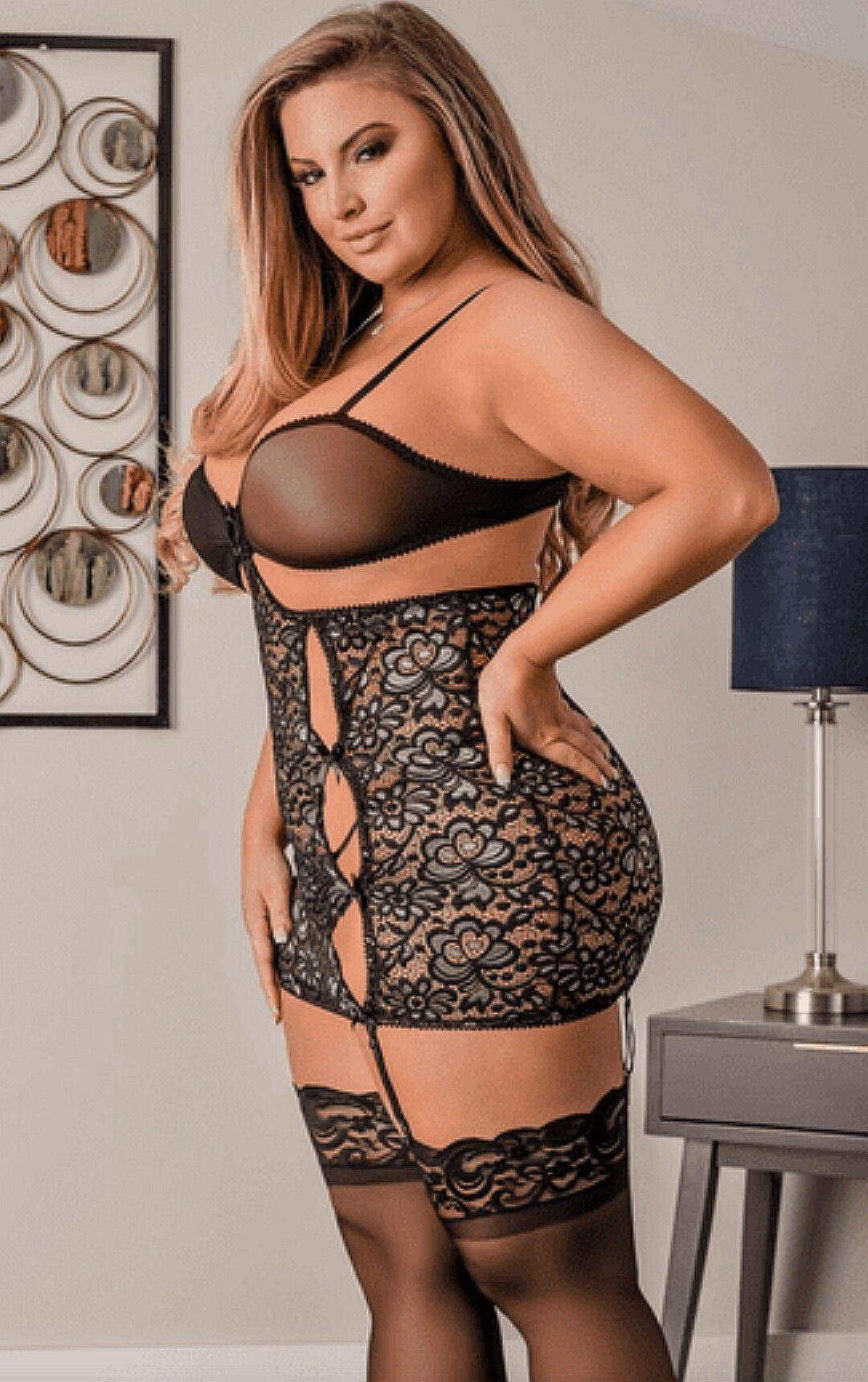9004bc9212969 Ashley Alexiss Plus Size Lingerie Models