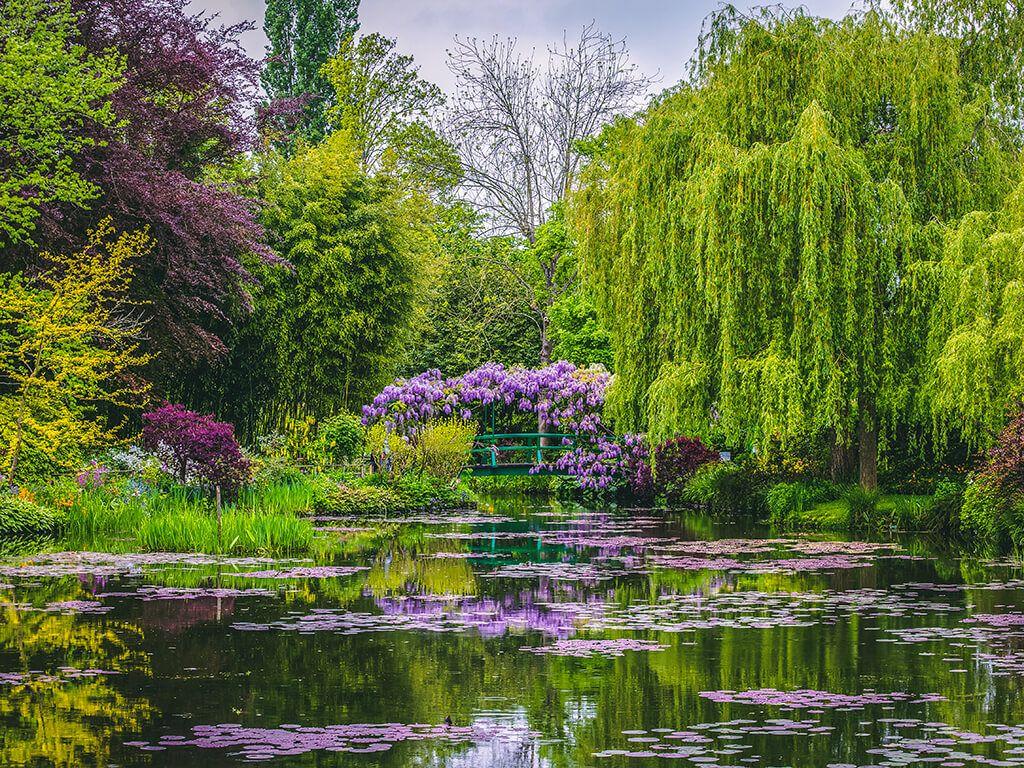 Jardines de Claude Monet en Giverny - que ver cerca de París | Jardines  bonitos, Jardines de longwood, Jardines