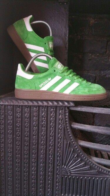 Adidas originals. Spezial. Apple green