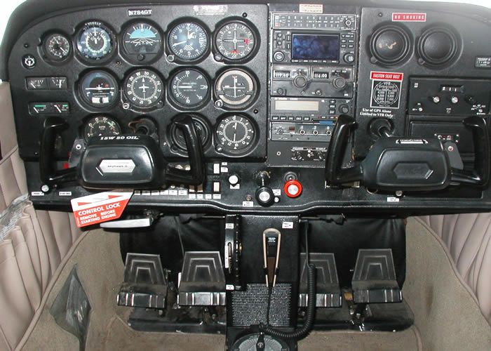 cessna 172 cockpit interior picture | Military and