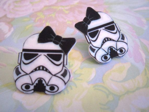 Storm Trooper Bow Earrings