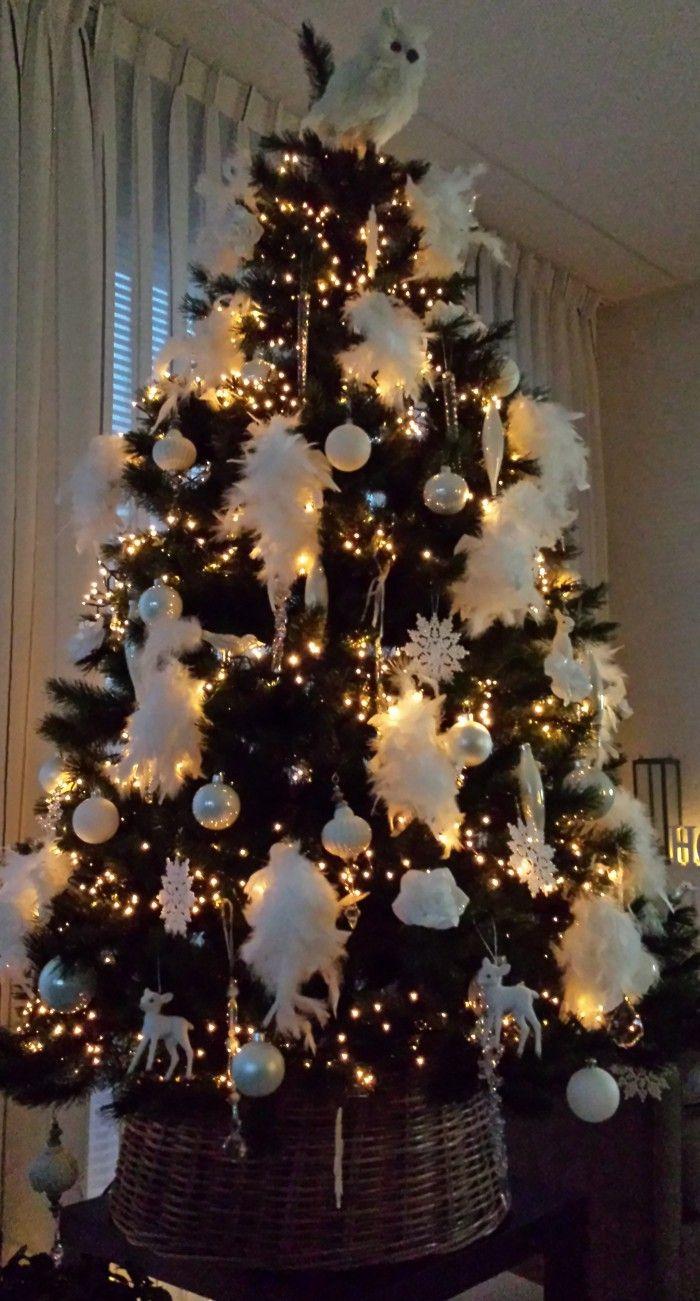 Pin Van Monique M Op Kerstbomen Kerstdecoratie Kerstboom Ideeen Kerst Strikken