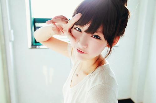 លទ្ធផលរូបភាពសម្រាប់ girl in love korean