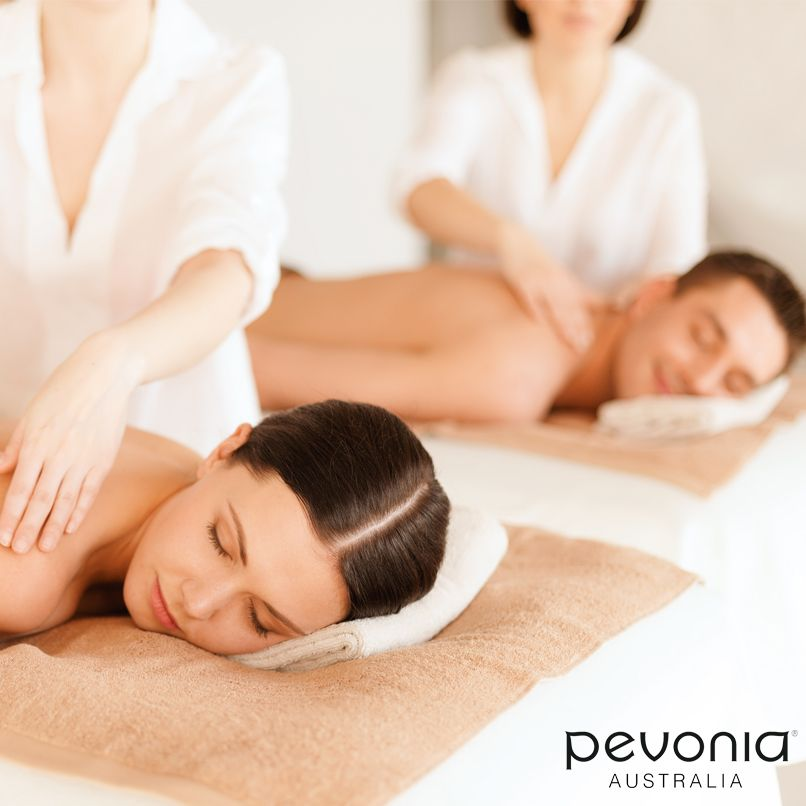 Quick Date Night Ideas You Can Do In An Hour Couples Massage Massage Massage Deals