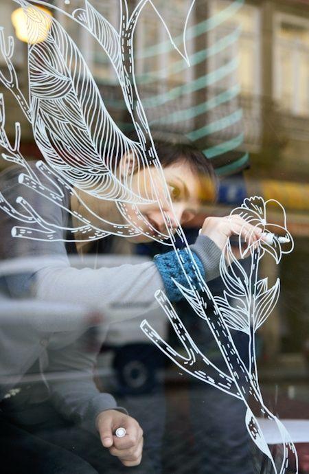 Liquid chalk marker fenster pinterest schaufenster for Dinge im wohnzimmer 94