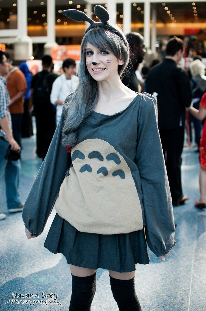 Totoro dress. … (With images) Easy cosplay, Cosplay