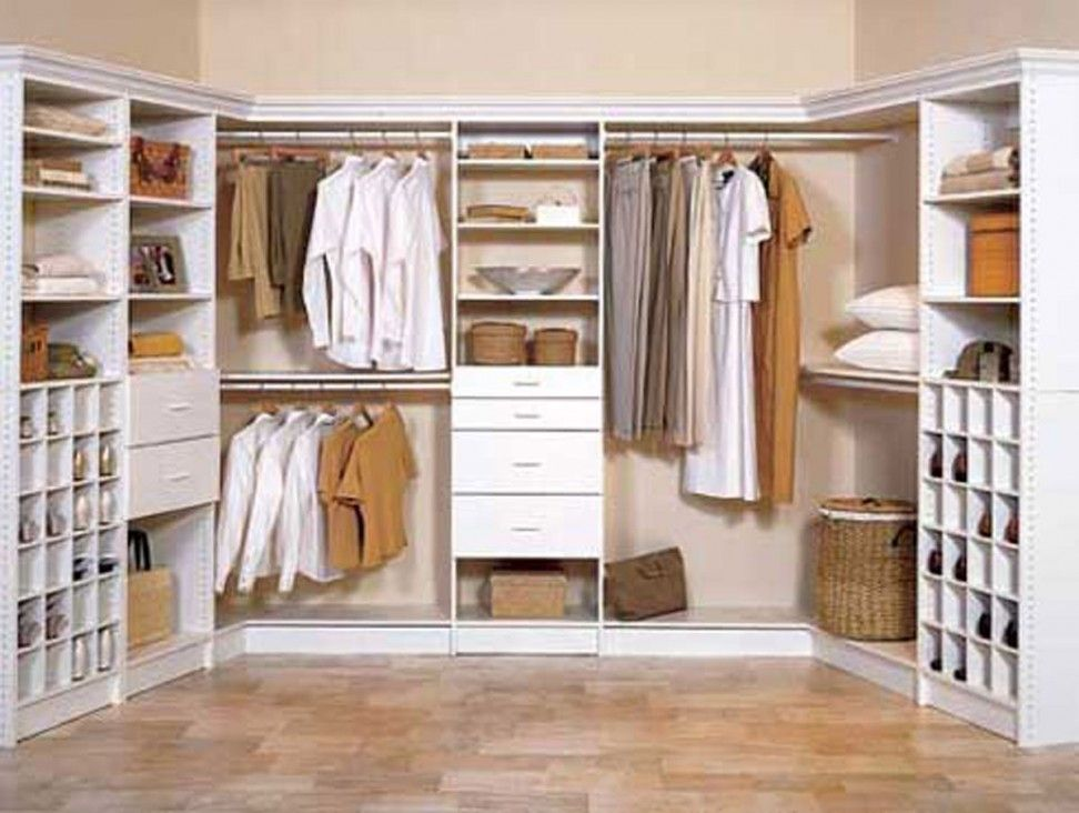 How to design a walk in u shape storage closet google Walk in bedroom closets
