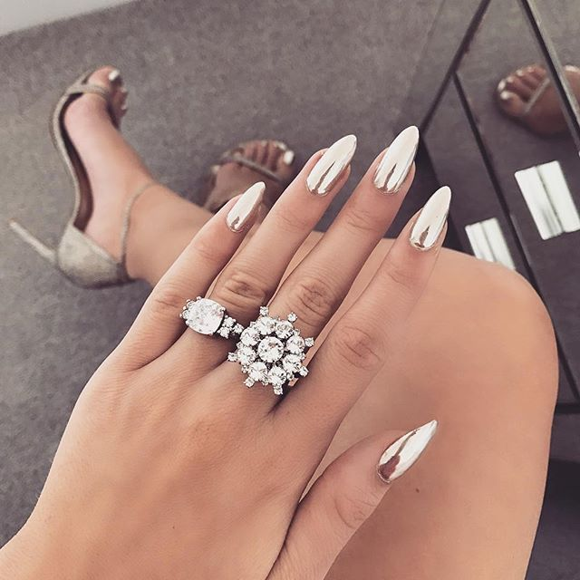 Acrylic Nails Chrome Flare With Design Silver