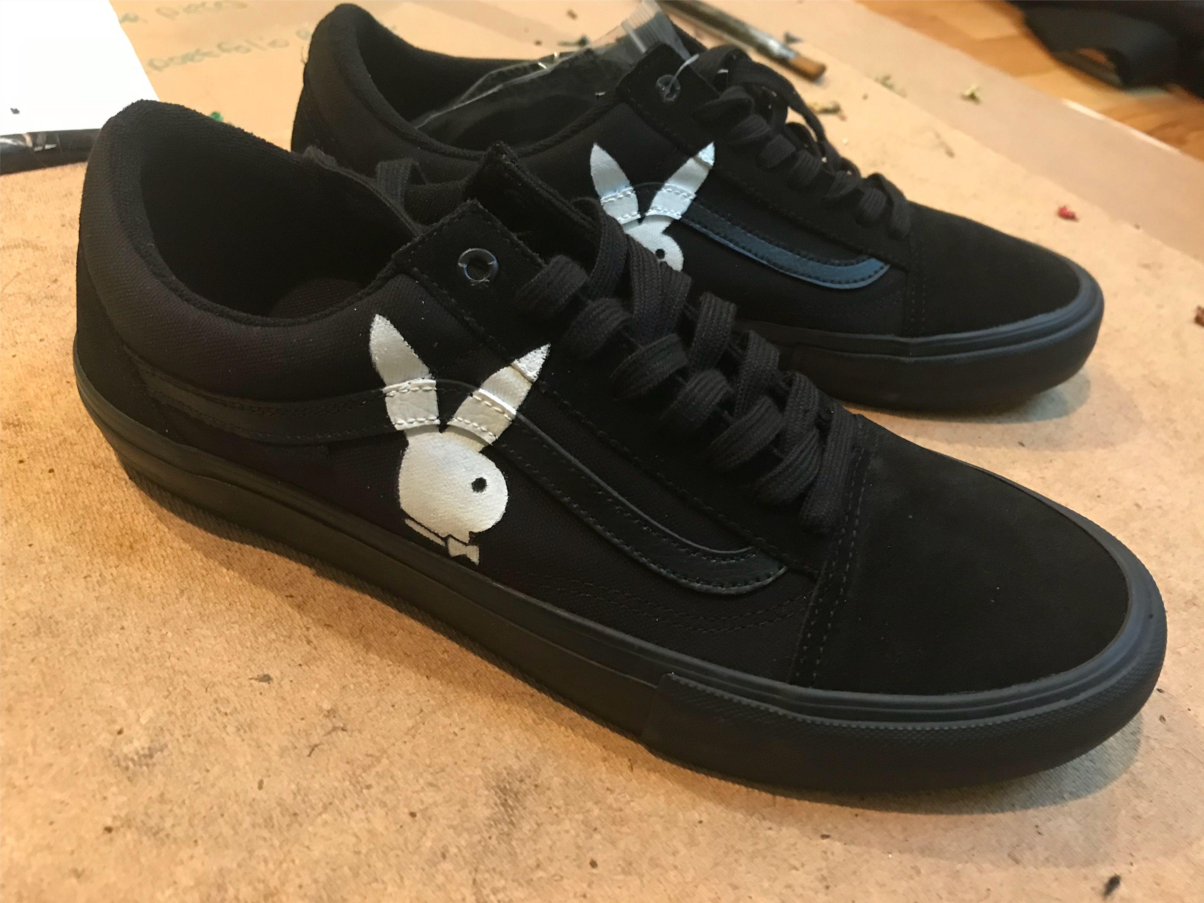 add73d4c44 Playboy bunny vans black old skool | Custom Hand Painted Shoes in ...
