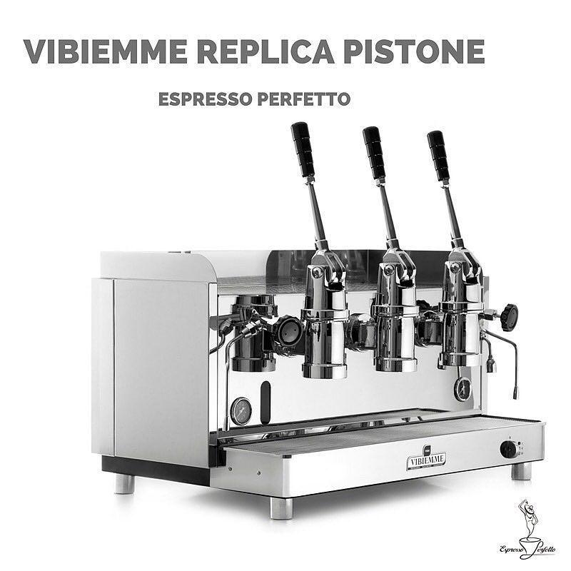 Usta Barista Dritan'ın espresso makinesi Türkiye'de Espresso Perfetto'da#best #fun #love #nice #cool and #beautiful #espresso #like #instagood #kahve #kahvekeyfi #kahvegram #kahvesever #kahvekulturu #coffee #coffeelover #coffeeshop #coffeeholic #coffeeculture #twitter #amazing #awesome #barista #italianstyle