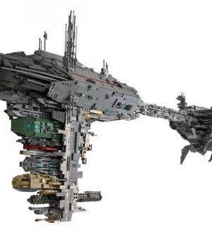 Jaw dropping fan made Lego Medical Frigate