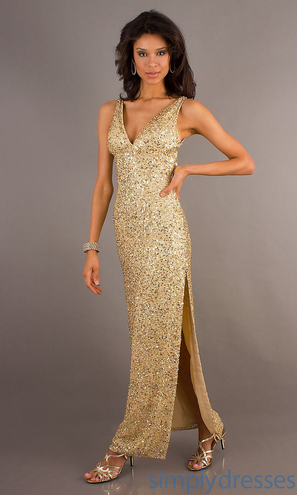 To get empire nice dress to show off your amazing curves wedding