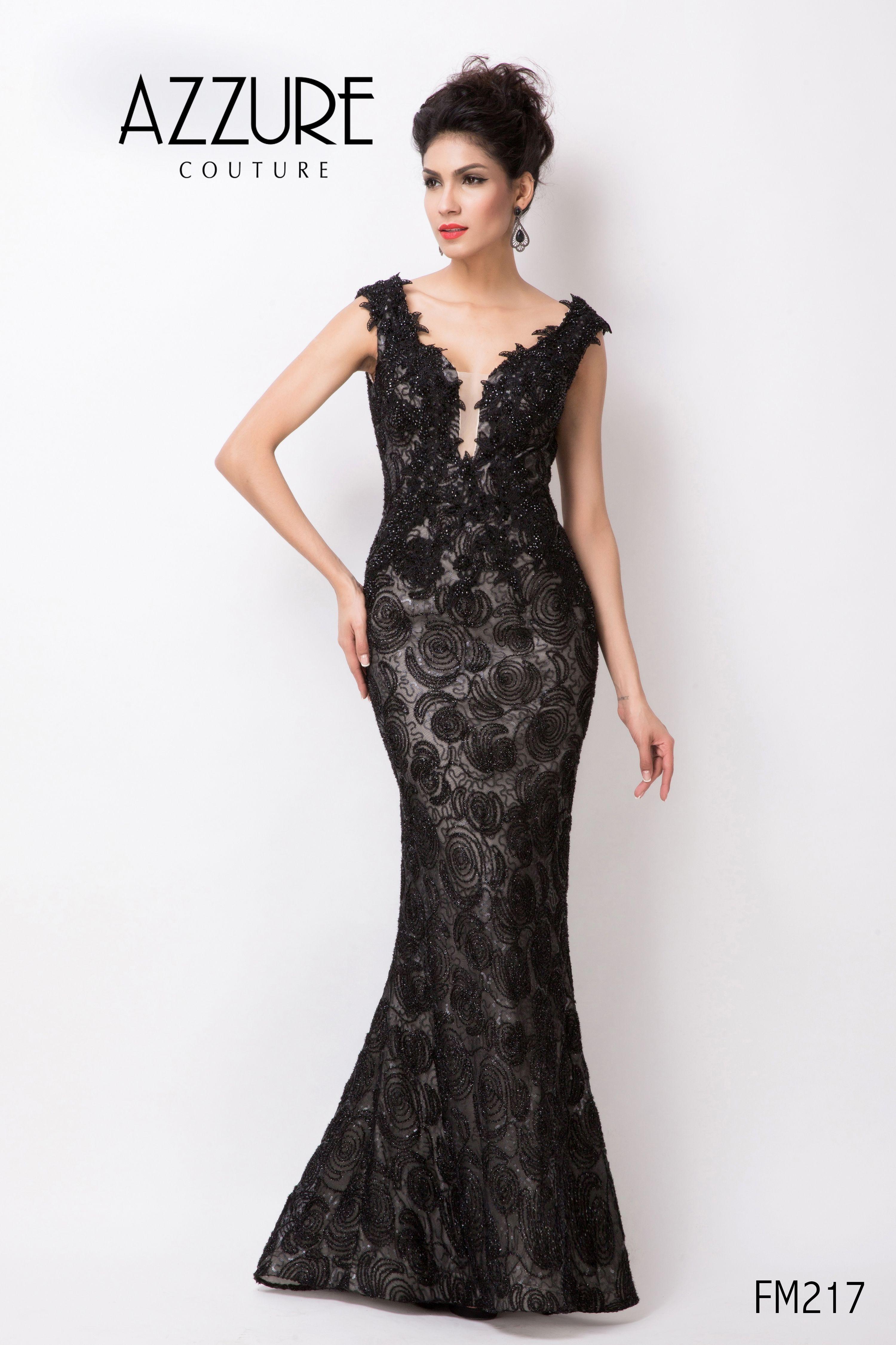 02e0ecef3c92 Evening Dress With Lace Applique