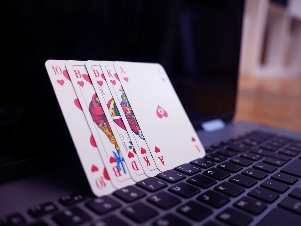 Asuspoker Situs Poker Online Terpercaya Dari Idn Poker In 2020 Online Card Games Online Casino Online Gambling