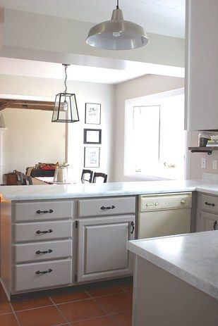 21 kitchen upgrades that you can actually do yourself kitchen diy countertop makeover with giani granite countertop paint kits new counters for less than 90 yall solutioingenieria Choice Image