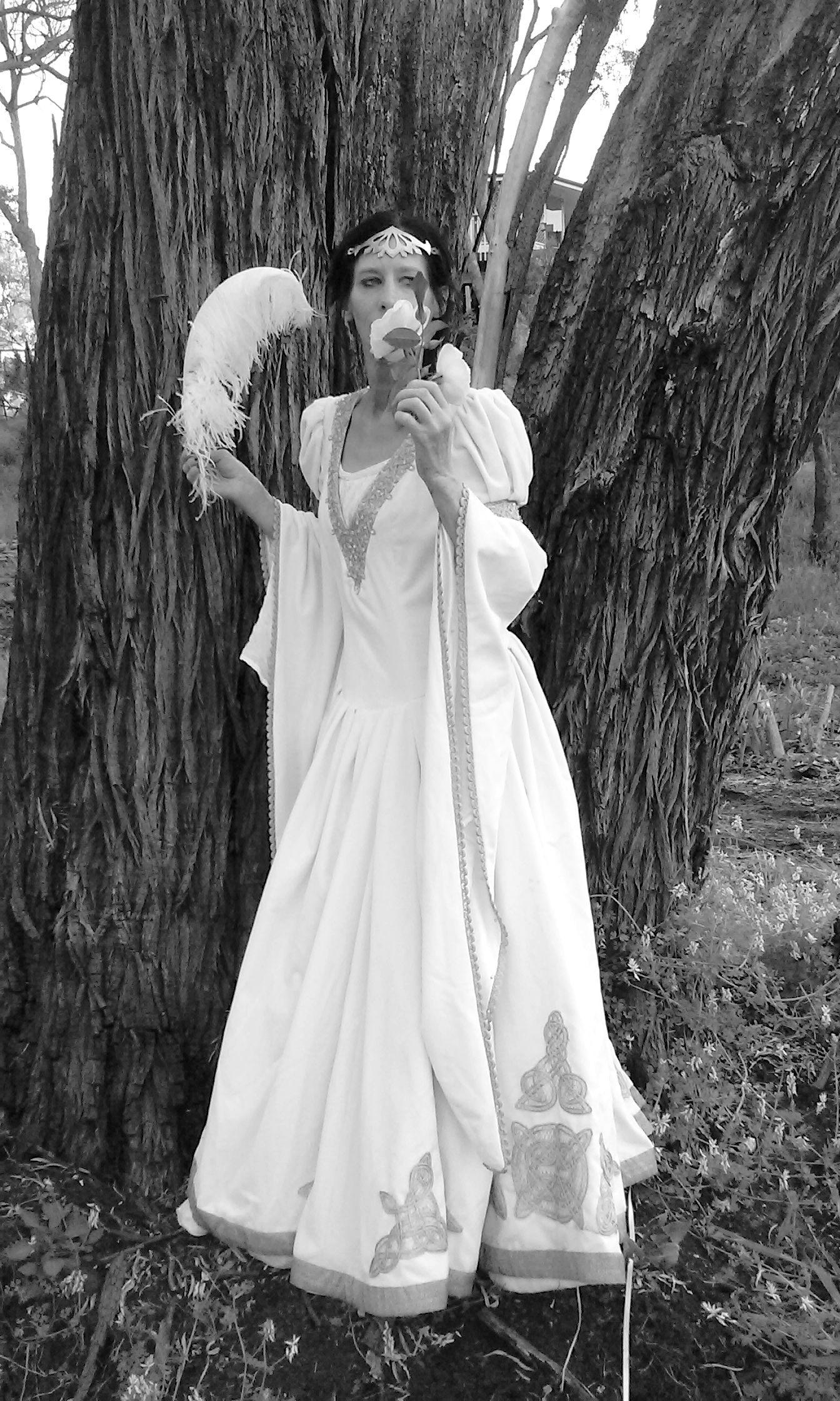 White Velvet Wedding Dress The Accolade Black Wedding Dress Gothic Velvet Wedding Dress Wedding Dresses [ 2240 x 1344 Pixel ]