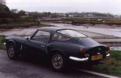apal hardtop on triumph spitfire | just pretty car stuff