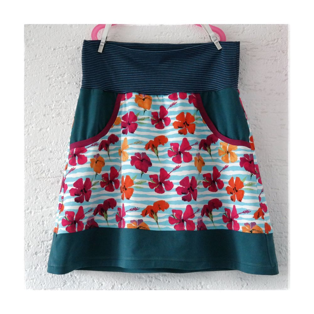 Foto zu Schnittmuster Lady Sweat Skirt von Lin-Kim | Šití | Pinterest