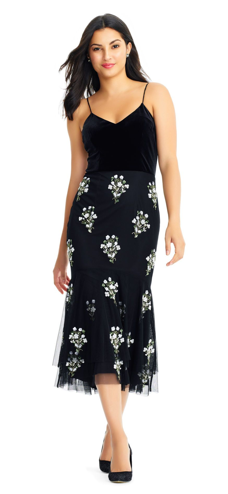 Sleeveless Midi Dress with Floral Embellished Trumpet