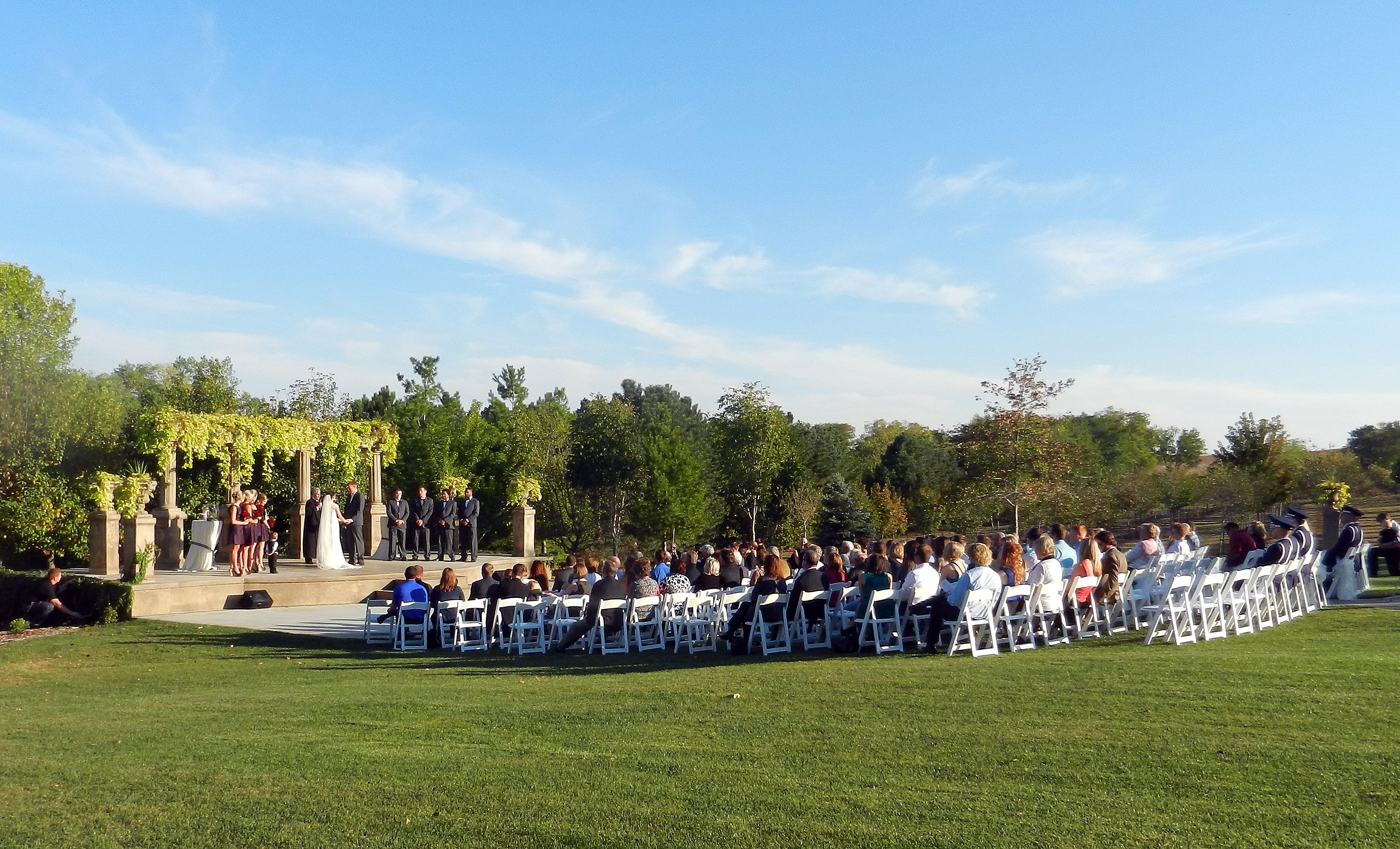 Nebraska outdoor wedding paradise!!
