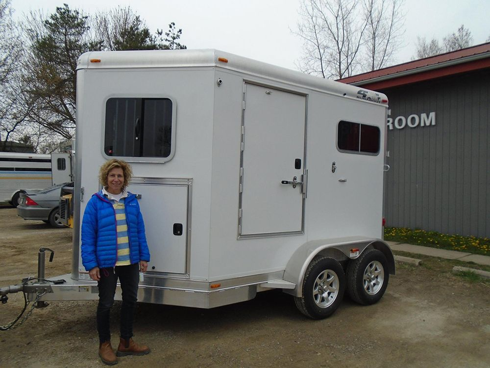 Congratulations Romayne Smith Of Port Franks Ontario On Her New Purchase Of A 4 Star Trailer 2 Horse Bumper Pull With Tack Star Trailer Horse Trailers Granton